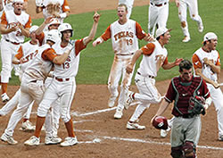 Horns score in bottom of 9th to beat Sooners