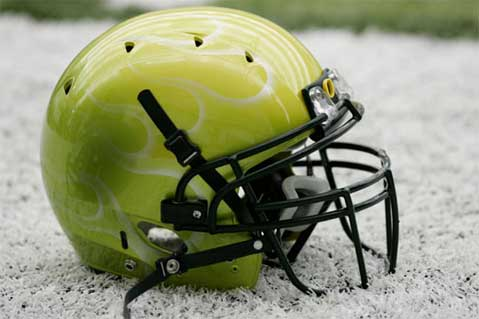 oregon-ducks-helmet.jpg
