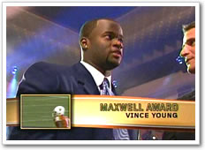 Vince Young wins the Maxwell Award