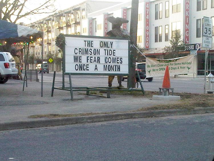 Sign outside of El Arroyo in Austin, Texas