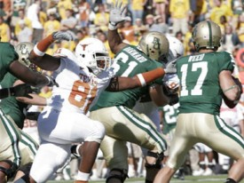 Can Sam Acho corral Baylor's Robert Griffin?