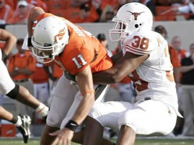 Roddrick Muckelroy and the Texas D will try to shut down Zac Robinson's arm and legs. (Image: InsideTexas)